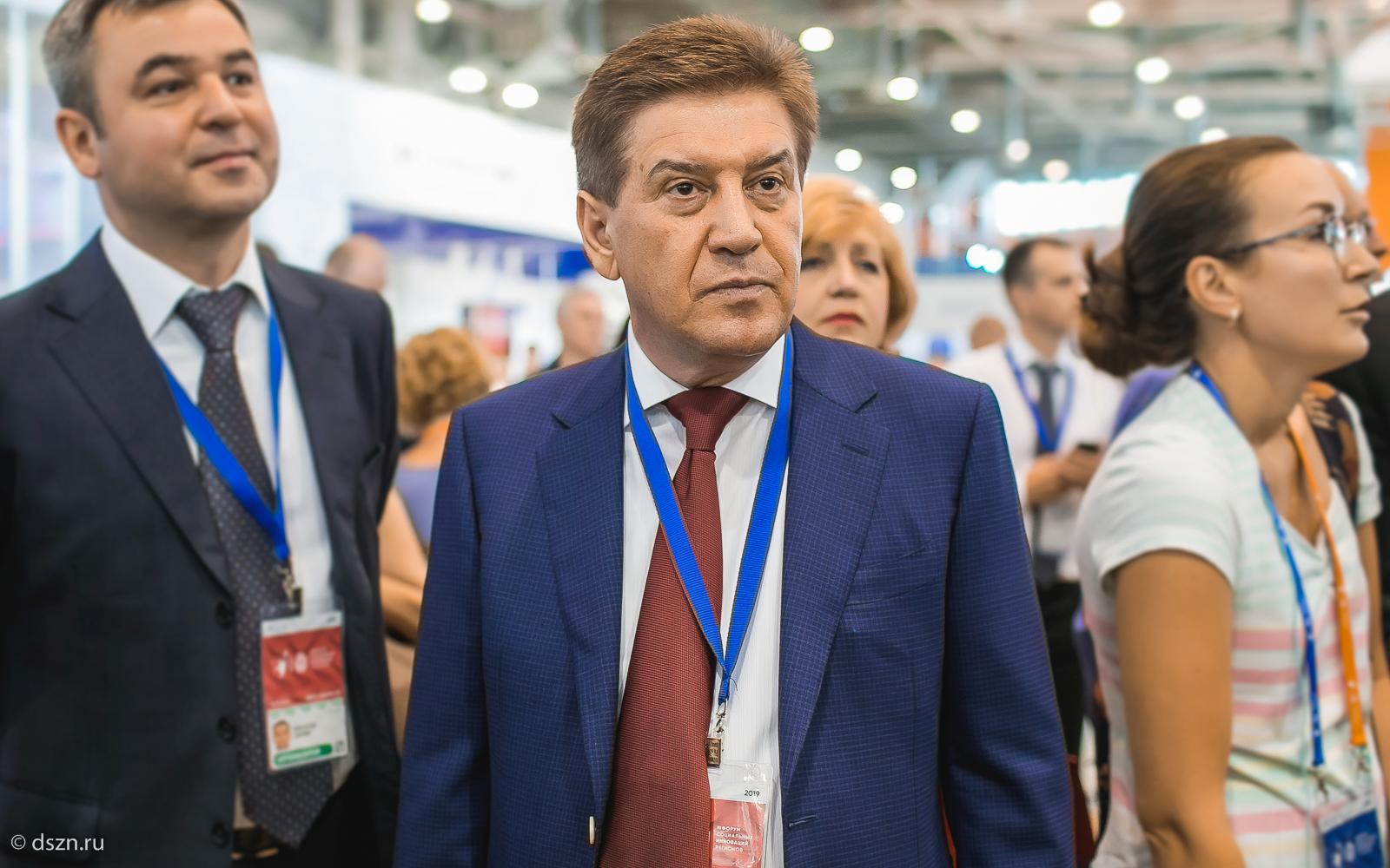 Владимир Петросян — руководитель столичного Департамента труда и социальной защиты населения